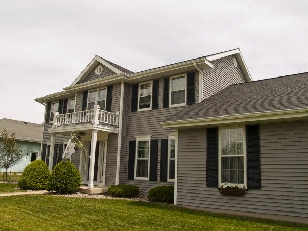 Mastic harbor grey home exteriors pinterest paint for Grey vinyl siding colors