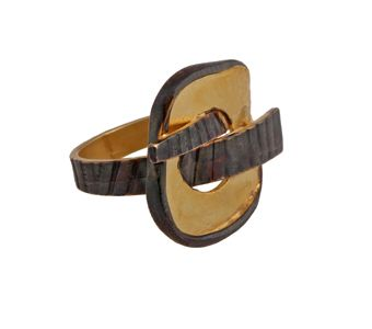 Handmade ring made of gold plated silver 925o and black platinum plated silver - Χειροποίητο δαχτυλίδι από επιχρυσωμένο ασήμι 925ο με μαύρο πλατίνωμα @ http://www.theodorajewellery.com/jewel/gr/2146/