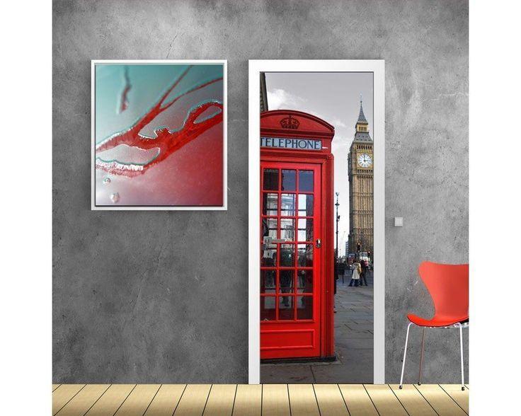 Αγγλικός τηλεφωνικός θάλαμος , ασπρόμαυρος ουρανός, αυτοκόλλητο πόρτας , δείτε το!
