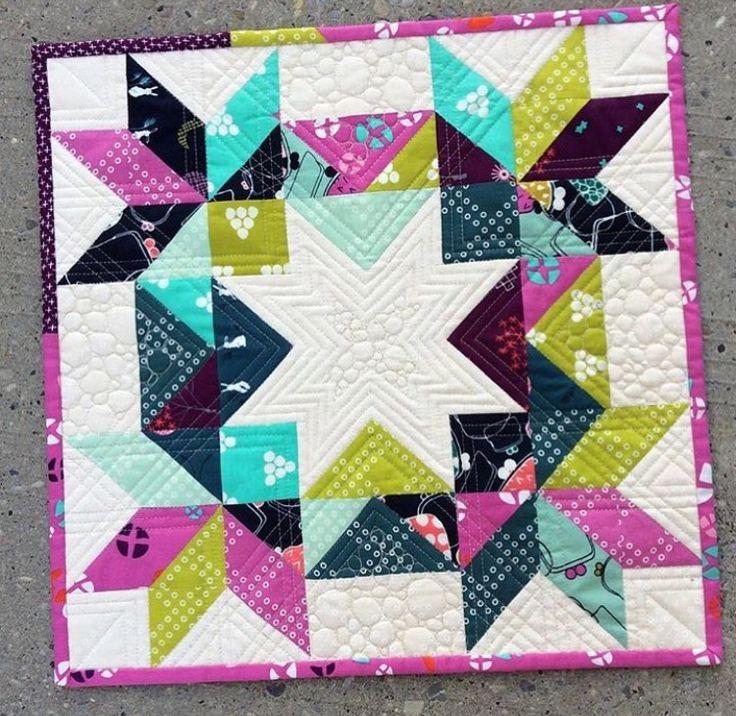 1000 Ideas About Mini Quilt Patterns On Pinterest Mini