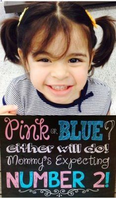 36 awesome and creative pregnancy announcements | via BabyCenter Blog