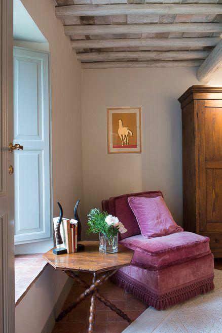 Casa Emilio. Montestigliano Farmhouse | Photo © Francesca Pagliai [Bedroom - Camera da letto]