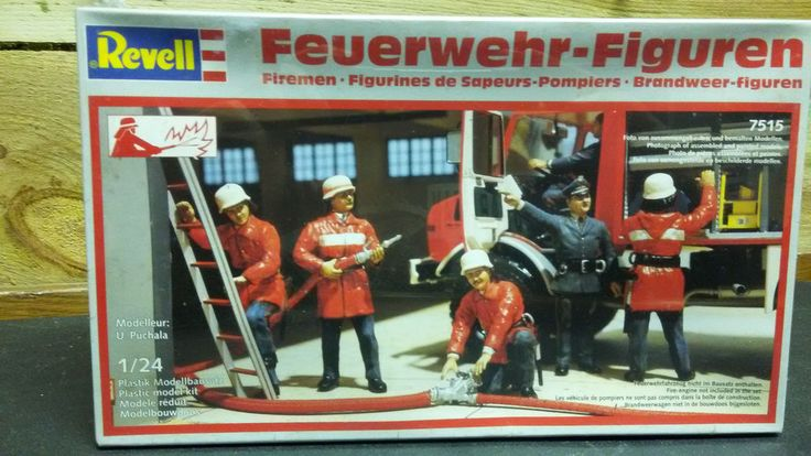 1/24 REVELL 5 FIRE FIGHTERS FIGURINES DIORAMA W GERMANY KIT FOUND IN STORAGE  #Revell