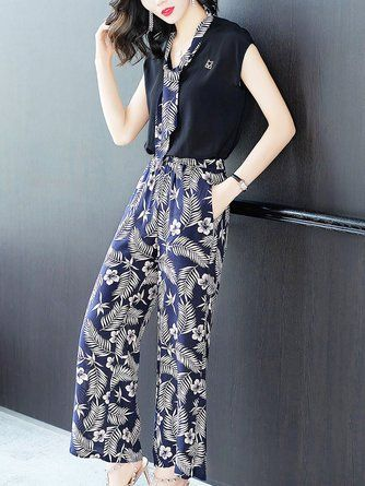 4a255c734d4c8 Two Piece Dark blue Tie-neck Printed Sleeveless top with pants ...