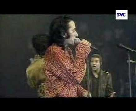 Abdel Kader by Rachid Taha, Faudel and Khaled. Video Credits: Uploaded by aegeansea1 on Youtube. Dare someone to not tap their feet while this plays on loud and blaring from their speakers.