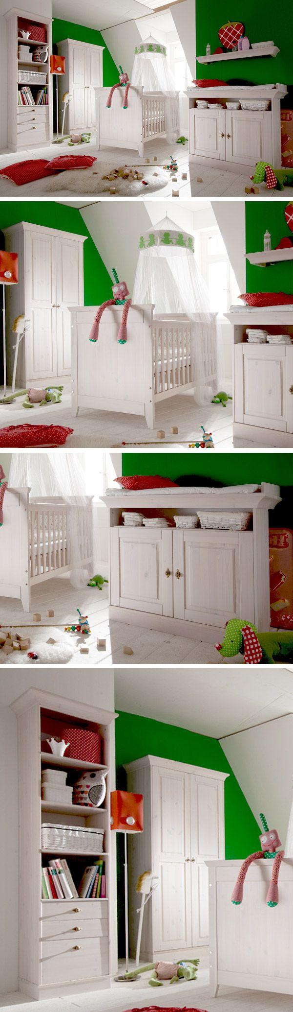 Modernes Babyzimmer aus massivem Kiefernholz | Betten.de #babyzimmer #babybett #weiß #landhaus #romantisch http://www.betten.de/babyzimmer-komplett-weiss-massiv-babys-paradise.html