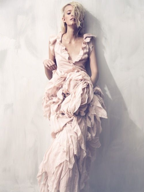 sooo miiiineEvening Dresses, Wedding Dressses, Design Seeds, Dresses Fashion, Gowns, Pale Pink, Blushes, Fashion Photography, Fashion Editorial