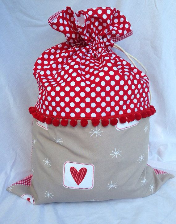 Christmas is just around the corner so now is the time to order your Santa Sack for Christmas Eve! This sack measures 75 x 53cm and is made from