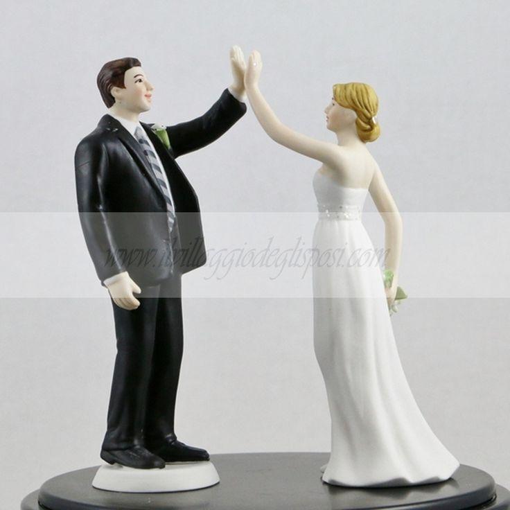 """Cake topper """"Dammi il cinque""""/ Cale topper """"Give me five"""" Disponibile/Available http://www.ilvillaggiodeglisposi.com/"""