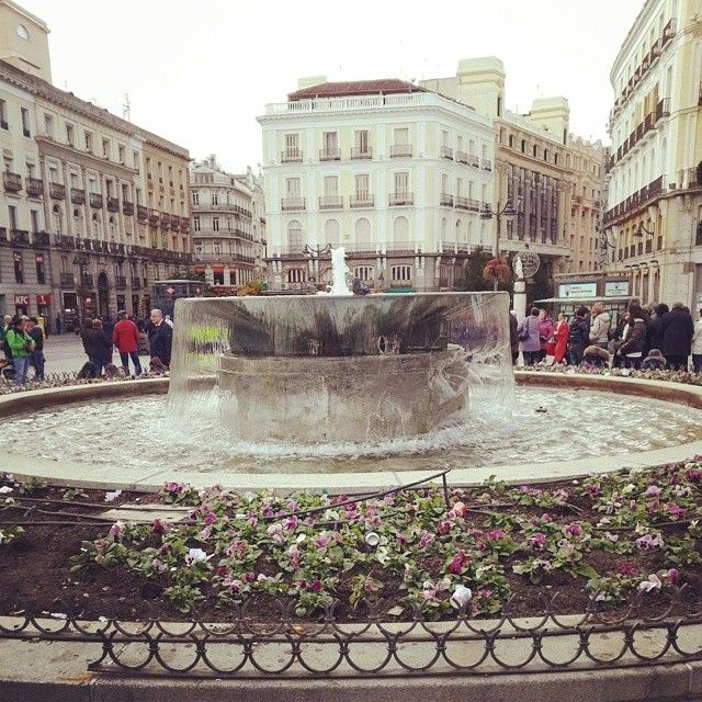 17 best images about puerta del sol madrid on pinterest for Puerta del sol 5