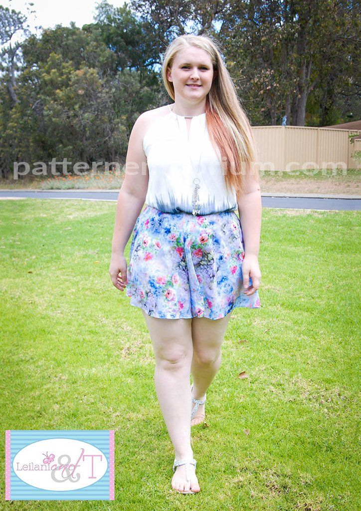 Shorts that look like a skater skirt with all the benefits of a pair of shorts. Dressed up or down, they are the perfect compliment to your spring & summer wardrobe. Make either a tailored pair with zip & waistband or a relaxed elastic waist pair.