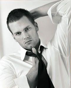 tom brady is one sexy man.