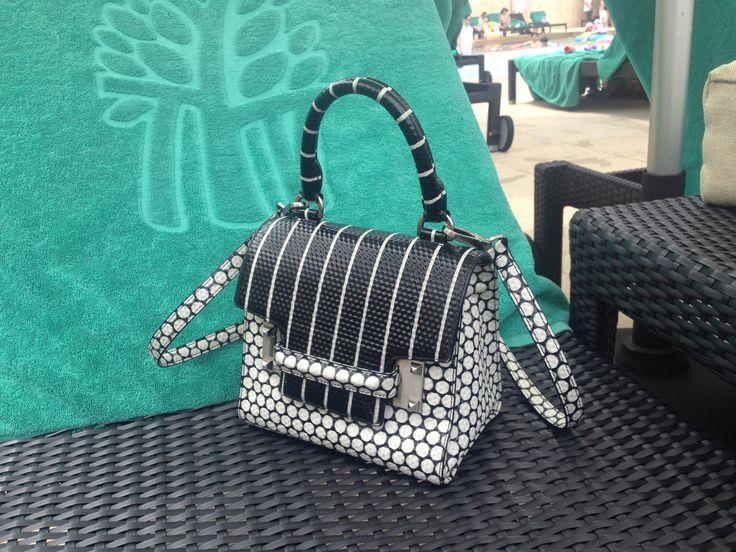 #street fashion #decke #dot mini bag #bayantree #seoul
