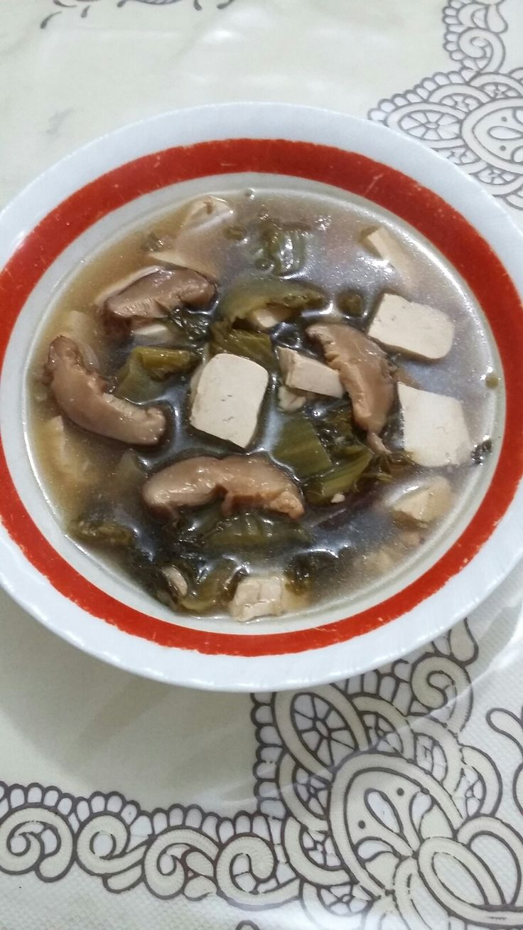 Sup jamur sayur asin