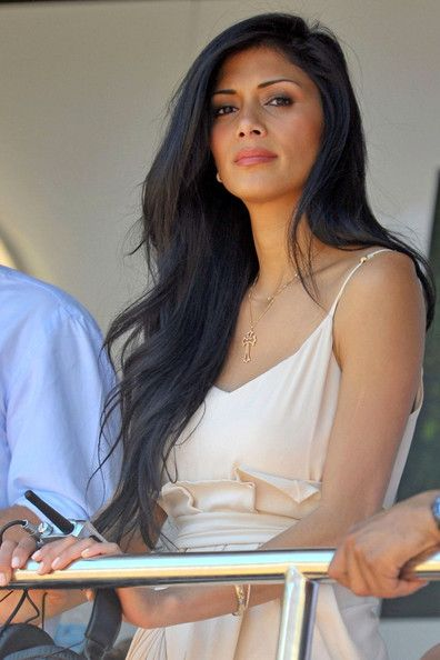 nicole scherzinger straight hair