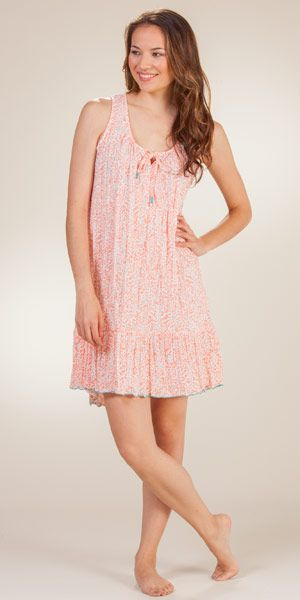 Short Ellen Tracy Sleeveless Poly Nightgown in Hawaiian Piki
