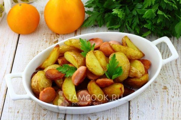Жареная картошка с сосисками