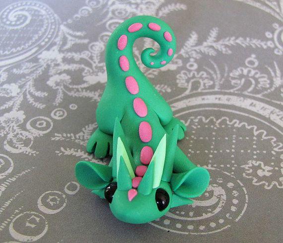 Mint Green Pouncing Scrap Dragon von DragonsAndBeasties auf Etsy