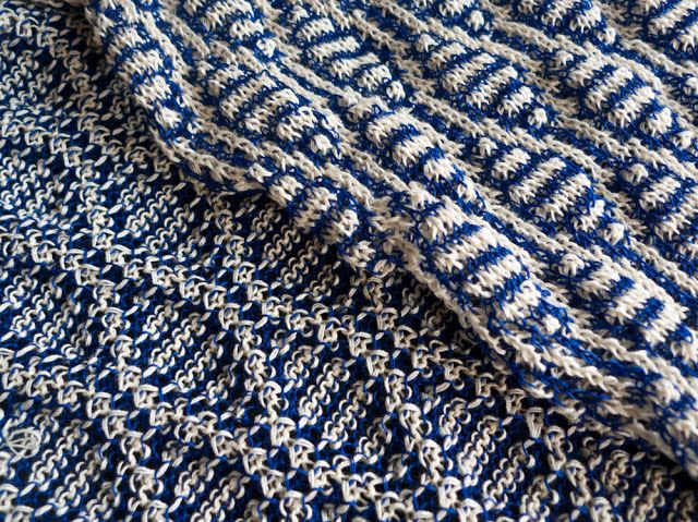 En stickmanikers loggbok: tuck stitch and chart