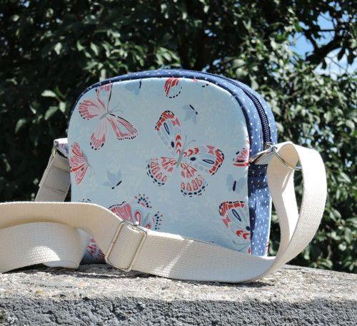 Kabelka - Motýlková - fabric collection ARIA by Kate Spain for Moda Fabrics. K nákupu v našem eshopu/available in our eshop :): https://www.umelluzinky.cz/umelluzinky/eshop/3-1-METRAZ/2104-3-Aria#sort=42.