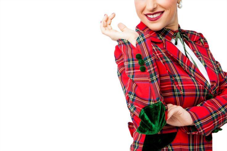 Chaqueta BUDDY. Chaqueta de cuadros escoceses,con coderas de terciopelo,y botones de terciopelo. #Presumidas #AndreaPalau #soypresumida #PresumidasElegance #moda #moda50s #años50 #1950sfashion #ropavintage #m#pinup #pinupgirl #fiftties #fifttiesstyle #fifttiesgirl #cool #estampadosvintage odavintage #vintagestyle #vintageoutfits #vintagetrends