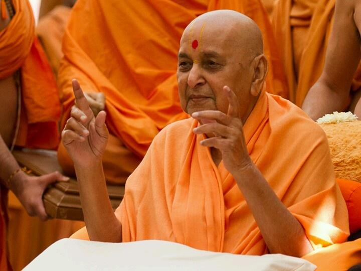 Unique darshan! Pramukh Swami Maharaj... My Guru