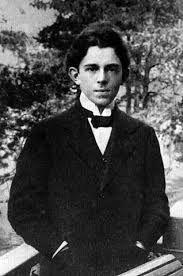 Mandel'stam a Firenze, 1913 - // « E sopra il bosco quando fa sera / s'alza una luna di rame; / perché mai così poca musica, / perché mai un tale silenzio? » (Osip Mandel'štam, da Kamen, 1919)