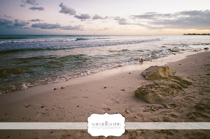 beach in Cancun, Mexico  www.samanthaerinphotography.com/blog