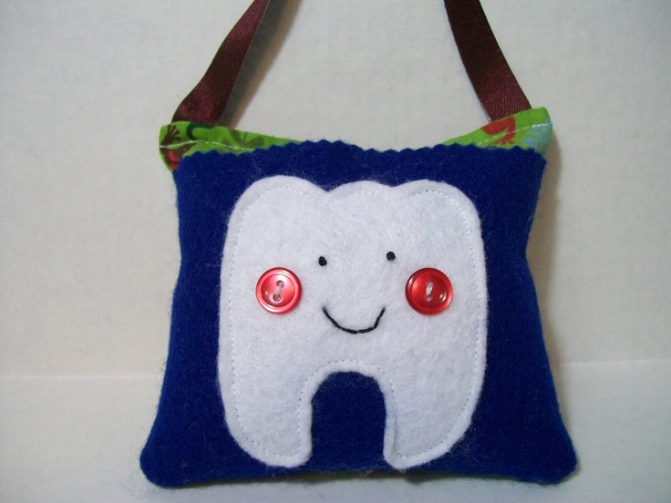 7 best tooth fairy pillows images on pinterest tooth for Things to hang on front door