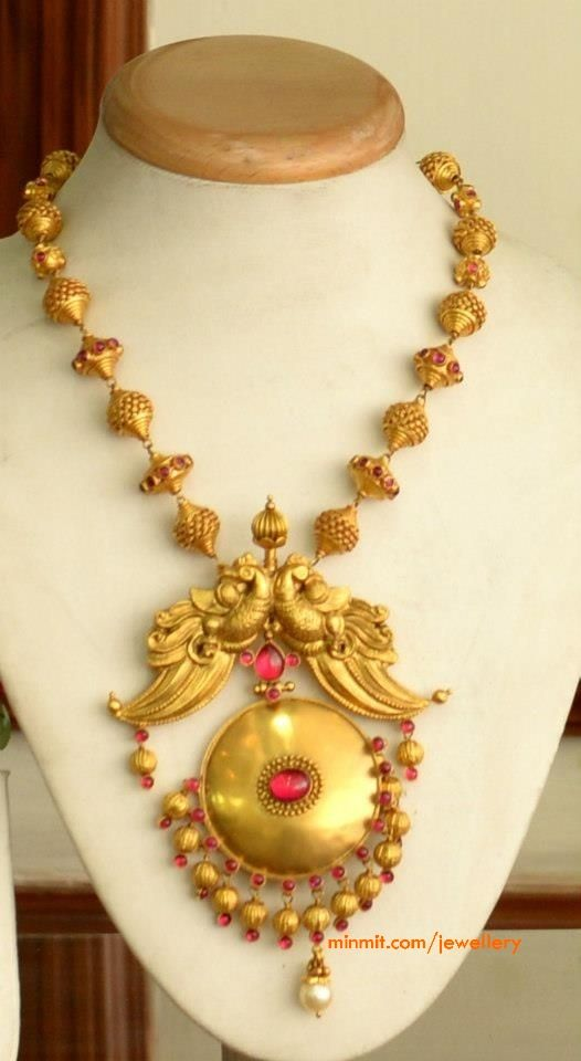 temple-necklace-majula-rao