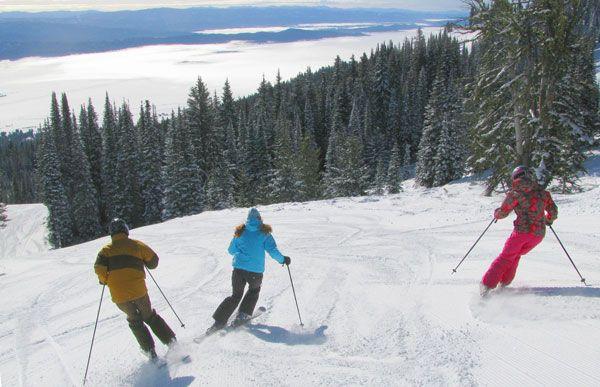 Family Skiing Guide to Family Ski Trips