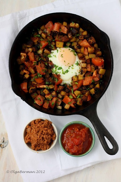Mexican Breakfast: Chorizo, Potato & An Egg in an Cast Iron Skillet, from Mango & Tomato