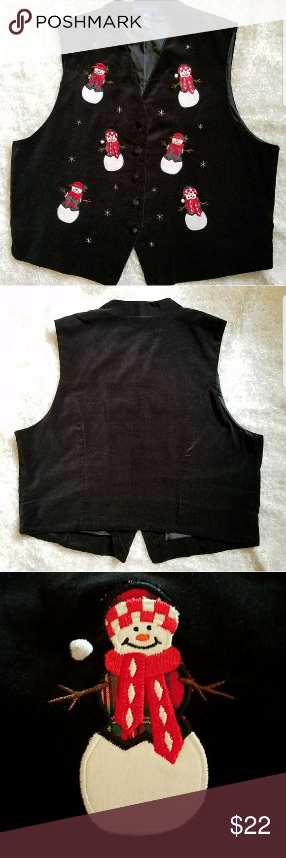 🌼 Karen Scott Christmas Snowman vest size XL This vest is perfect for all things Christmas and snowman.  It is in excellent used condtion. Karen Scott Jackets & Coats Vests