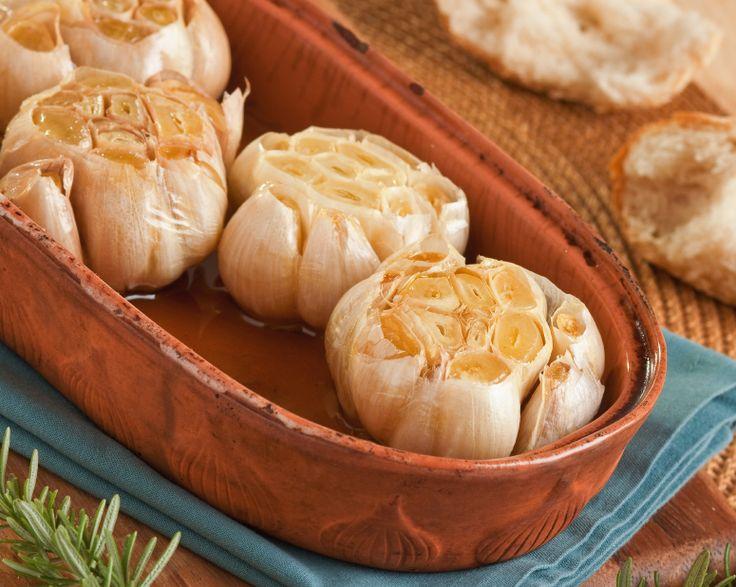 Recipe of the Day ~ Roasted Garlic  #roastedgarlic #garlicrecipes #veganandmacrobiotic #recipeoftheday #recipes #goodnessg