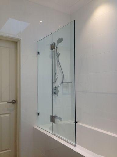 glass over bathtubs | Frameless / on the bath / 10mm clear glass