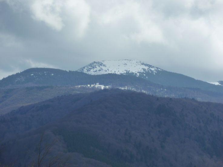 Varful Siriu dupa ninsoarea din 15 Aprilie 2014