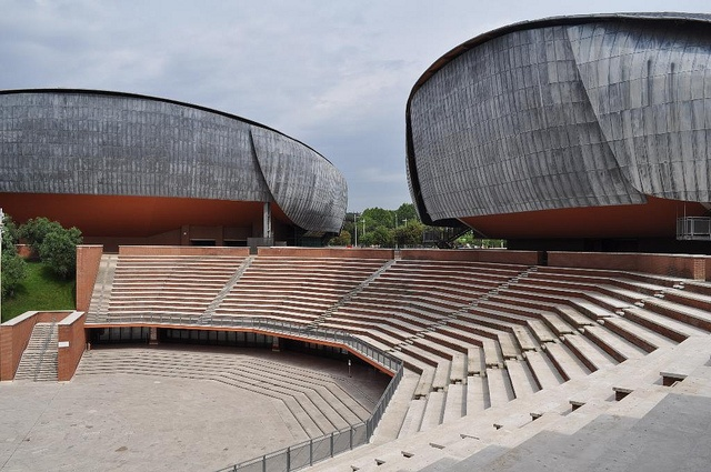Renzo Piano - Parco della musica - open air theater by ijnicholas, via Flickr