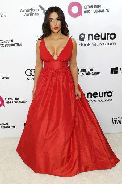 Kim kardashian red lace dress regis and kelly