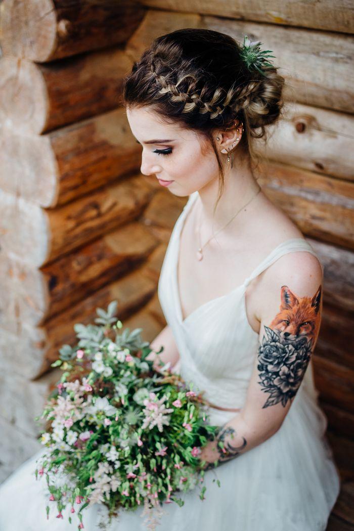 Ideen für eine Waldhochzeit   Friedatheres.com bride with tattoo                                                                                                                                                                                 More