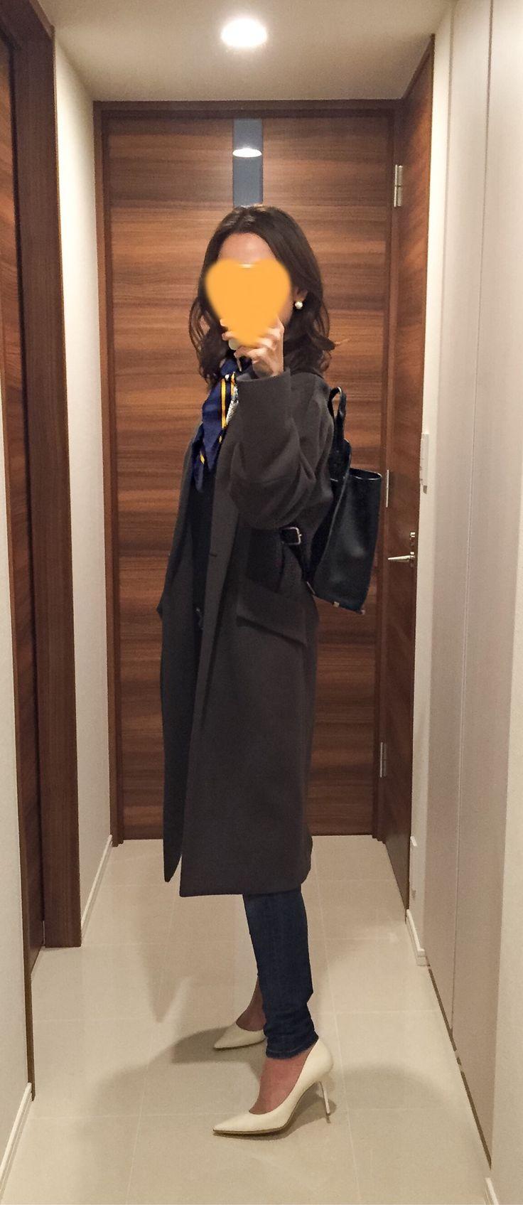 Khaki grey coat: Des Pres