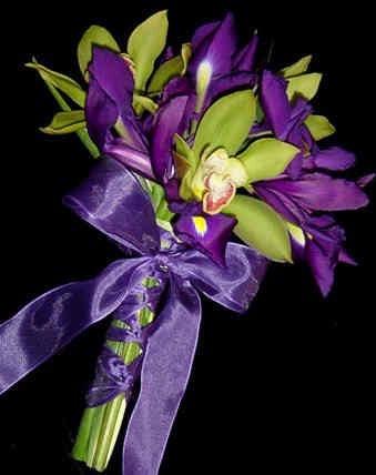 Purple-Iris-and-Green-Decor Ideas, Shades Of Purple, Colors Blog, Purple Iris, Purple Wedding, Wedding Colors, Wedding Flower, Entertainment Ideas, Bridesmaid Bouquets