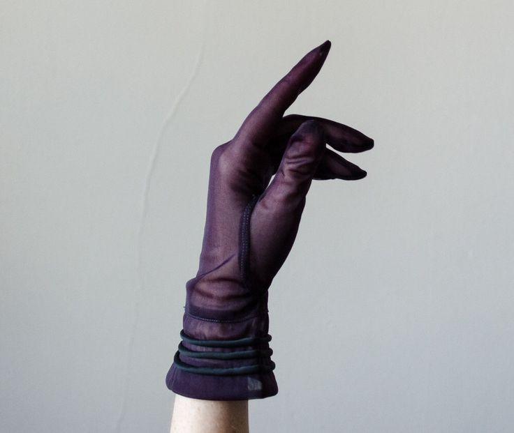1950s vintage gloves / sheer navy gloves / size 6.5 by PoppycockVintage on Etsy https://www.etsy.com/listing/271448692/1950s-vintage-gloves-sheer-navy-gloves