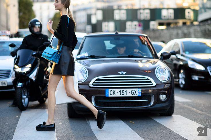 Legjobb street style fotók a Párizsi Divathétről - UPTOSTYLE - Divat és Stílus magazin