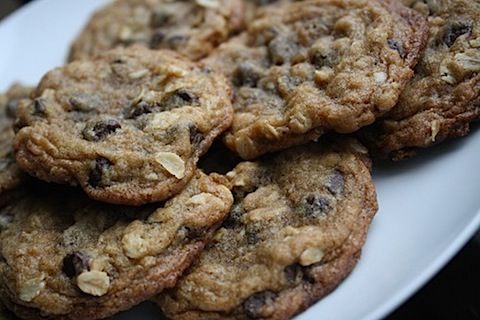 Chocolate Chip CookiesPeanut Butter Oatmeal