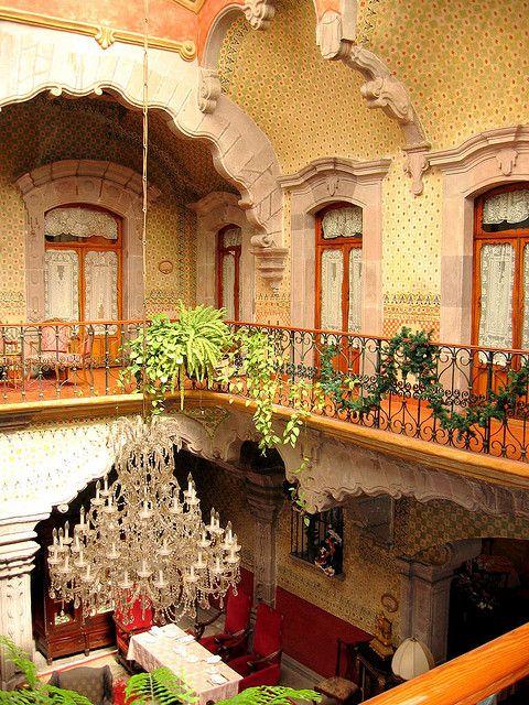 #Hotel #LaMarquesa. Estilo arquitectónico romántico y elegante en un antiguo edificio de #Queretaro.