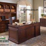 Meja Direktur Kantor merupakan furniture jepara yang sangat bagus untuk mengisi ruangan kantor ataupun untuk rumah anda.Meja Direktur Kantor dengan desain simpel ini dapat menambahkan kesan modern dan elegan pada ruangan kantor.Meja Direktur Kantor kami jual dengan harga yang terjangkauuntuk
