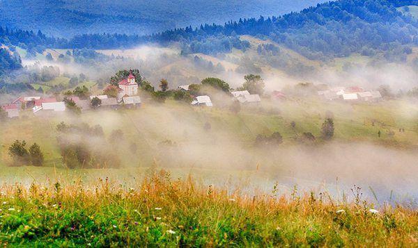 Destinații de vacanță: cinci sate de munte de poveste