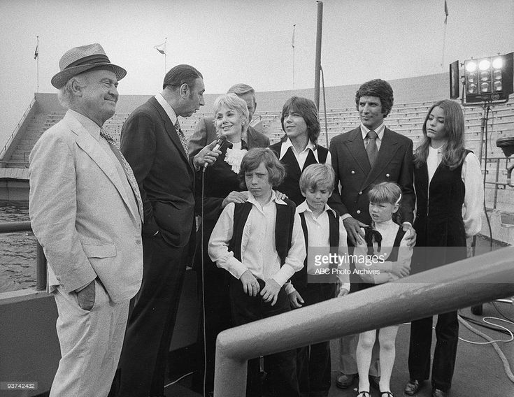 FAMILY - 'Whatever Happened to Moby Dick?' 10/22/71 Dub Taylor, Howard Cosell, Shirley Jones, Dave Madden, Danny Bonaduce, David Cassidy, Brian Forster, Bert Convy, Suzanne Crough, Susan Dey