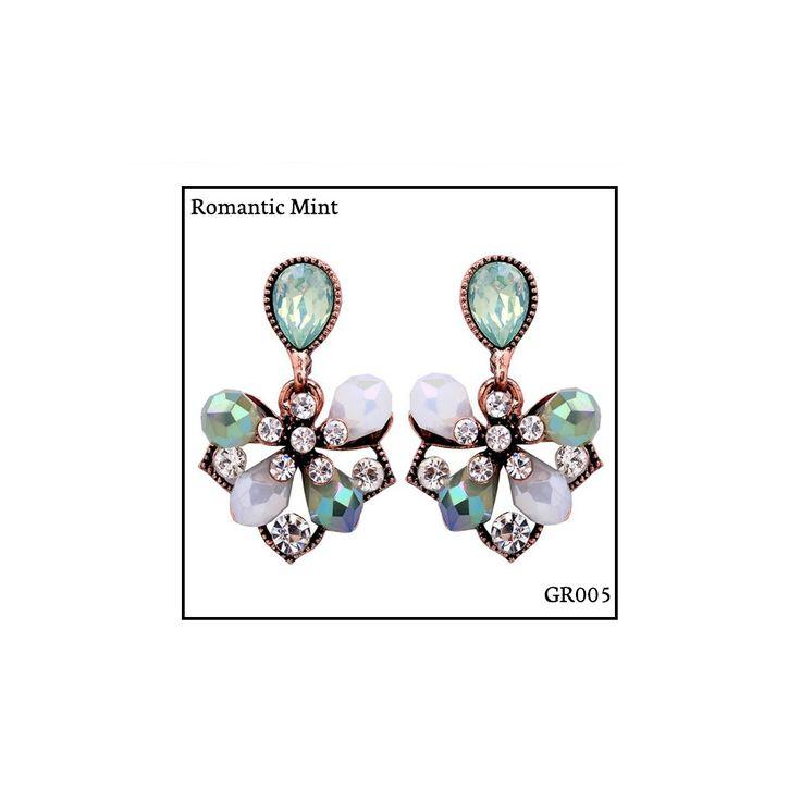 Ref: GR005 Romantic Mint Medidas: 2.9 cm x 1.8 cm So Oh: 5.99 🌱#sooh_store #onlinestore #glam #style #brincos #earrings #fashion #shoponline