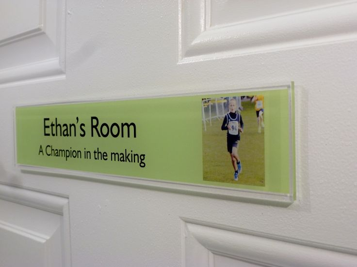 26 best nameplates images on pinterest childrens bedroom for Signs for kids rooms
